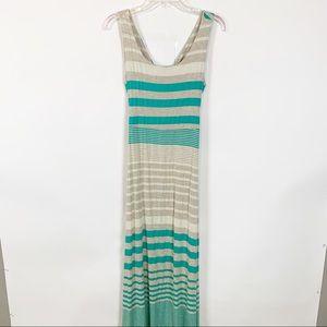 Gilli Green and Tan Cross Back Maxi Dress Size L